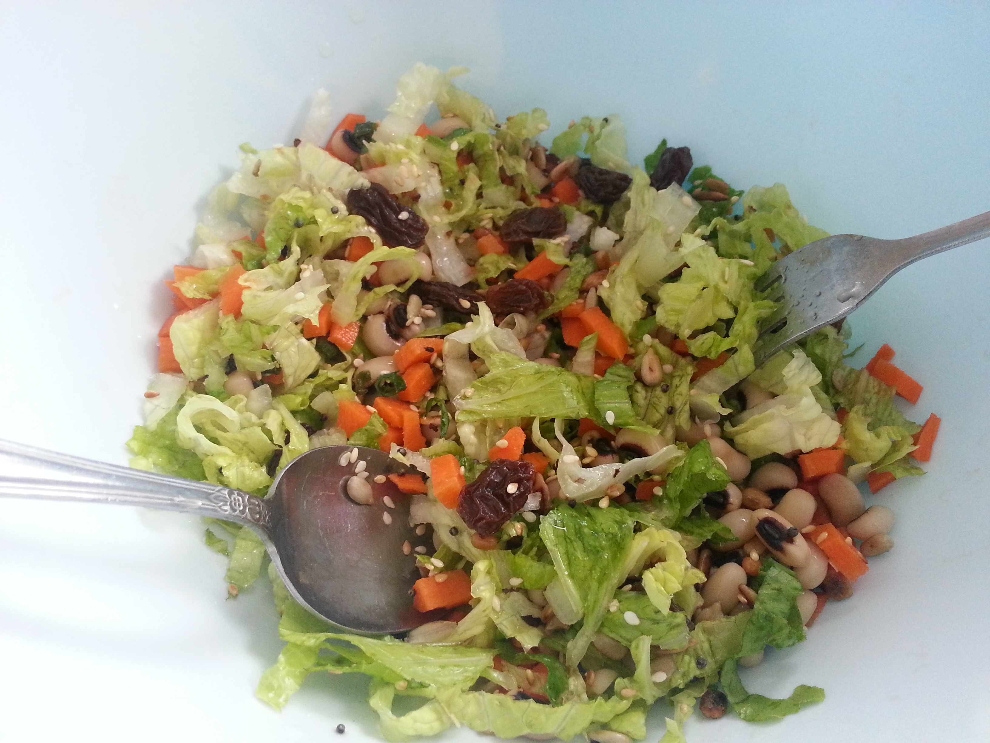 Black Eyed Peas With Lettuce Salad Charuyoga